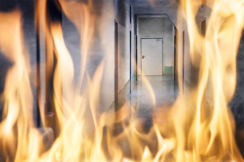 Brandglas indendørs. njpglas.dk