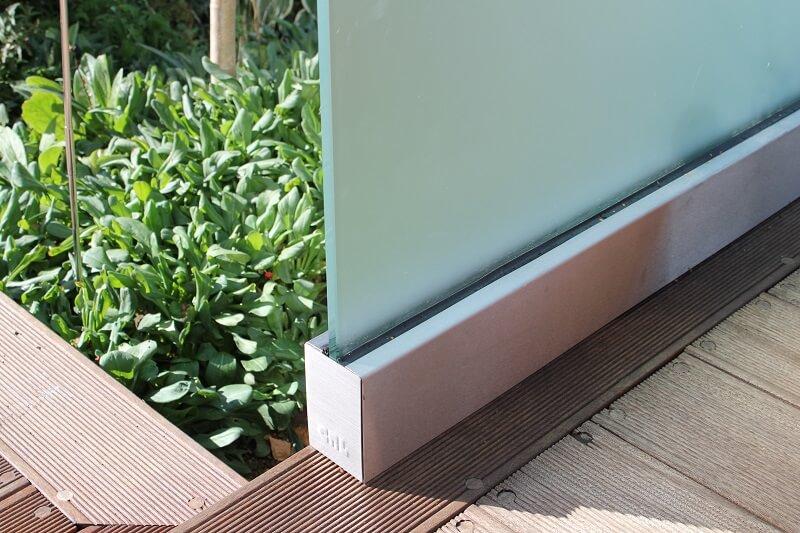 Glasværn terrasse i matteret glas. njpglas.dk i Næstved